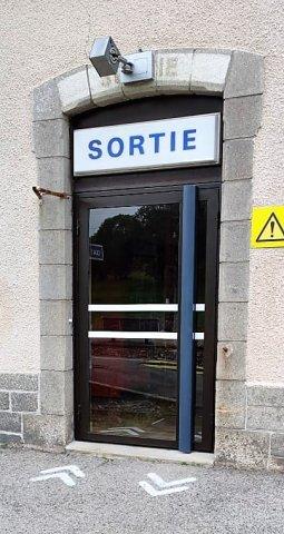 Remplacement de portes en acier à St Chély d'Apcher