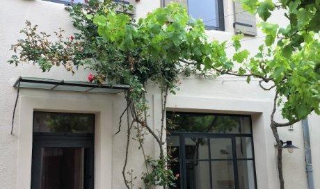 Fabrication et pose de menuiseries fenêtres, portes et véranda en aluminium dans une maison à Générac