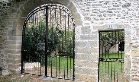 SE FER D'ART Fabrication et pose d'un portail et son portillon