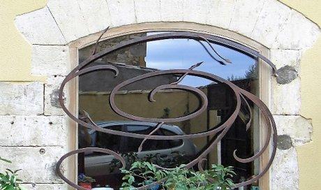 Entreprise pour la fabrication sur mesure de rideaux métalliques à Generac