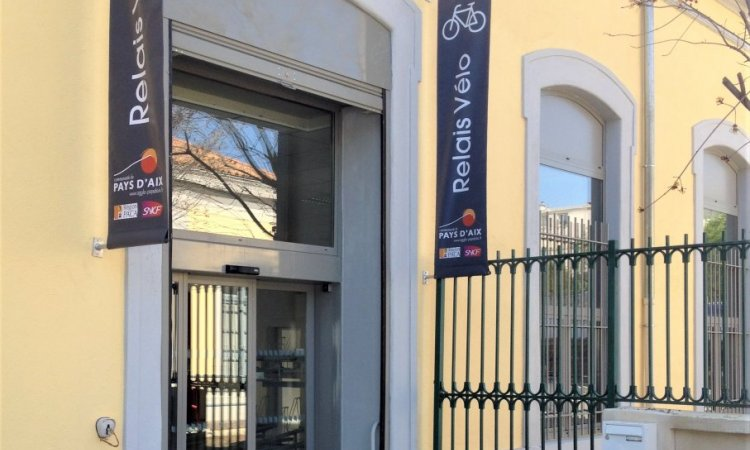 SE FER D'ART Fermeture local vélos