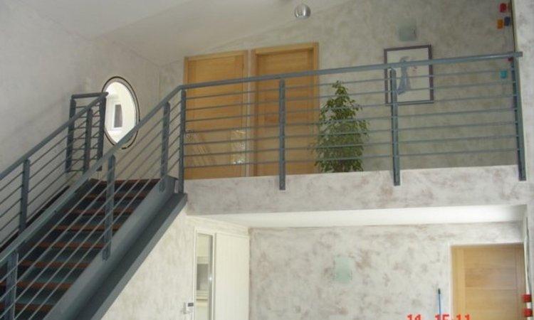 Fabrication et pose d'escalier en fer, acier et aluminium dans le Gard